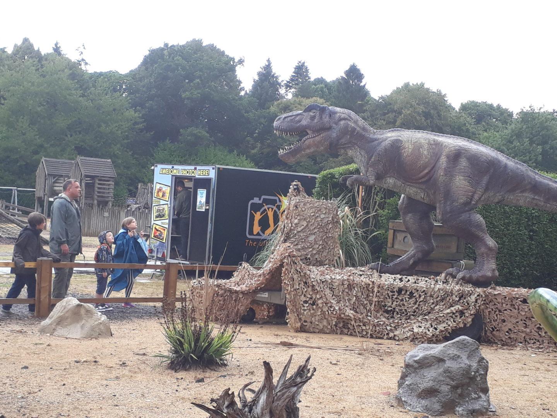 Roarr! Dinosaur Park animatronic dinosaur and photo kiosk