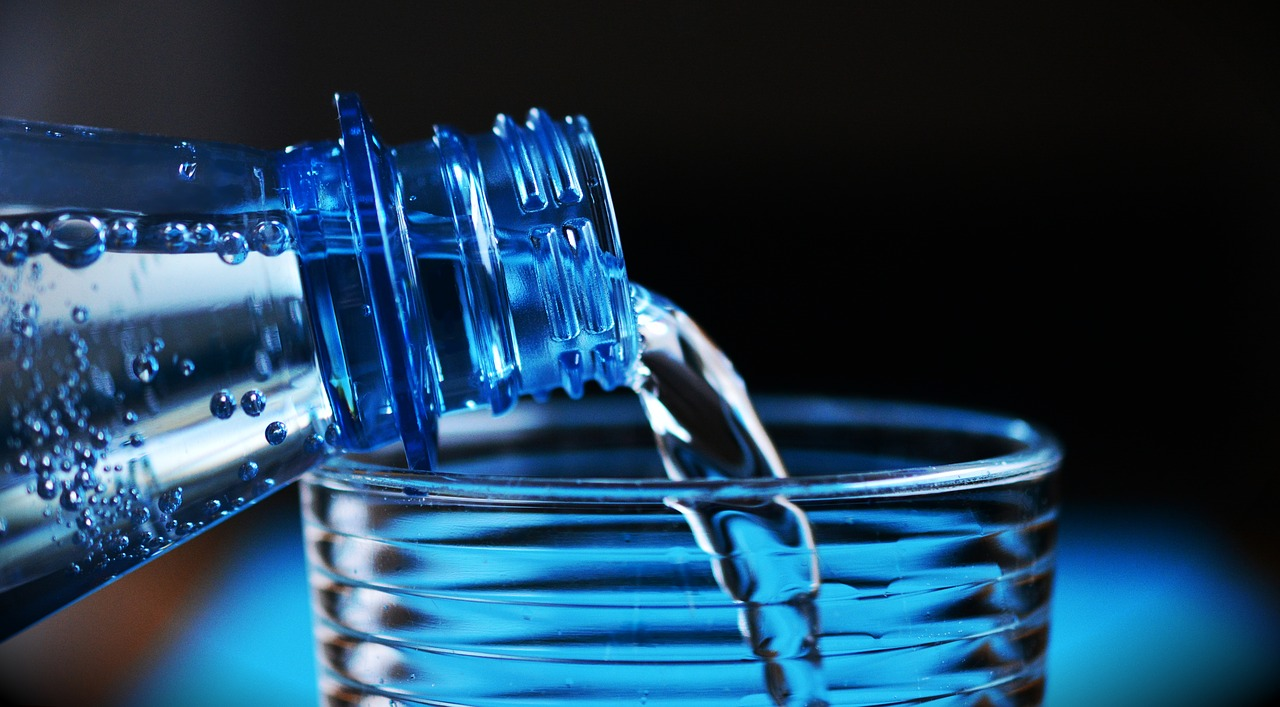 Healthy holidays for the whole family drink bottled water