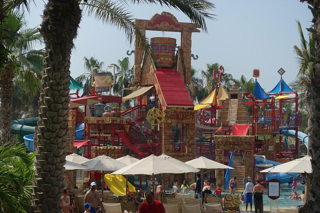 Best Kids Friendly Theme Parks in Dubai Aquaventure Waterpark