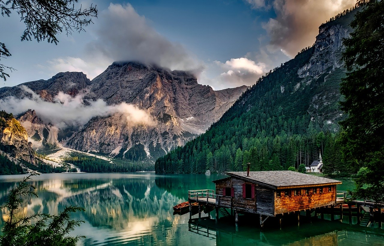 Budget Travel in Italy - Italian Mountains