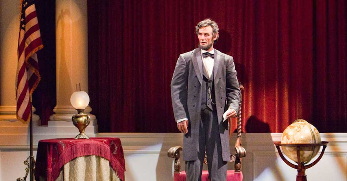 Top Disneyland Attractions Great Moments With Mr lincoln