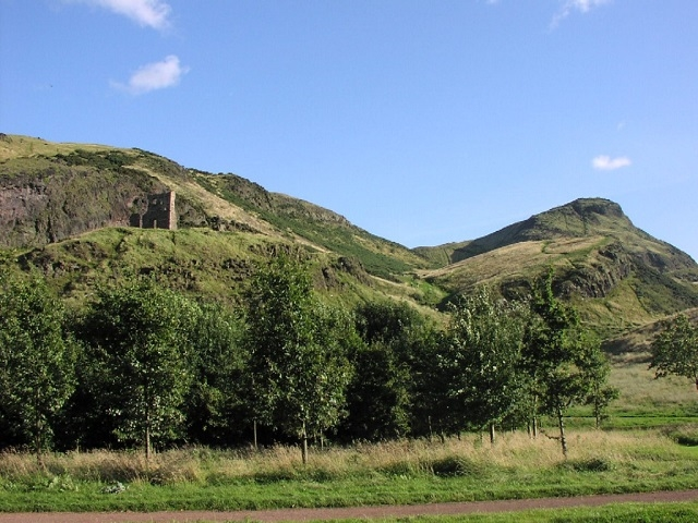 Things To Do in Edinburgh with Kids - Arthurs Seat