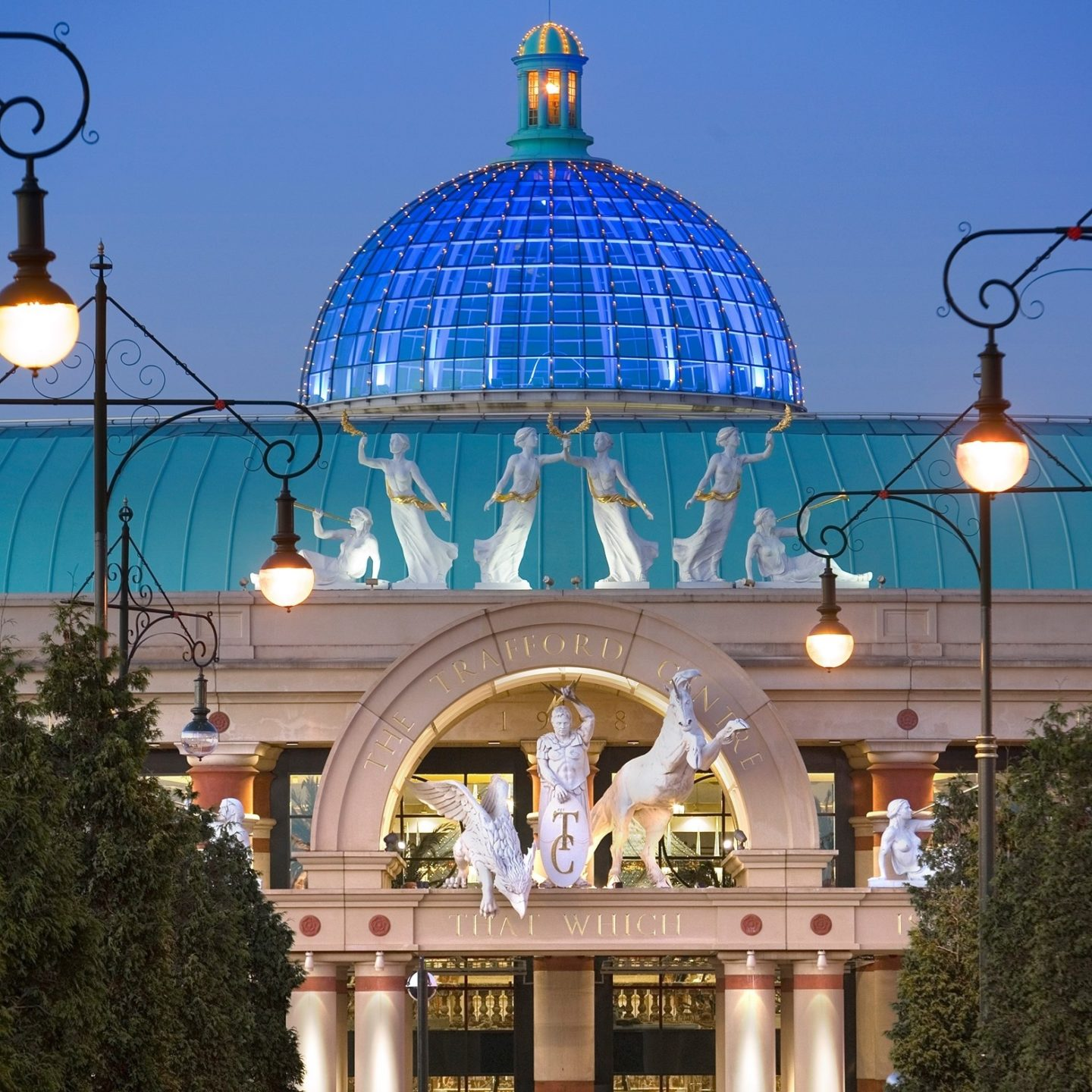 Things To Do in Manchester For Kids - The Trafford Centre